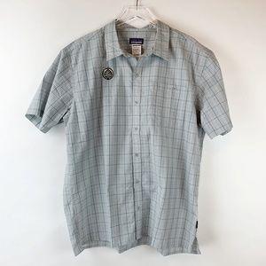 Patagonia Gray Blue Short Sleeve Plaid Shirt